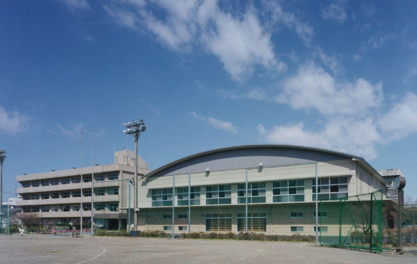 厚木中学校体育館